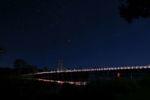 Sternenhimmel mit abendlichem Verkehr in MacLean