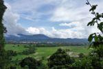 Blick von der Kletterwand nach Vang Vieng