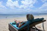 Relaxen am Strand von Jimbaran